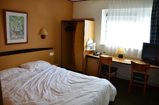 Campanile Delft: room