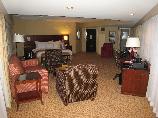 Jake's 58 Hotel & Casino: Executive Suite