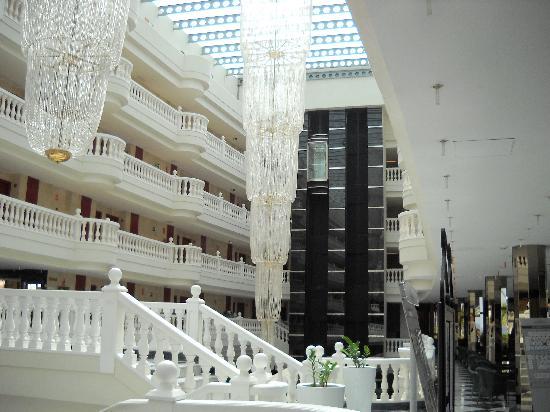 Cleopatra Palace Hotel : interior del hotel