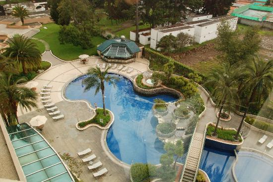 JW Marriott Hotel Quito: Pool and Gardens, Marriott, Quito