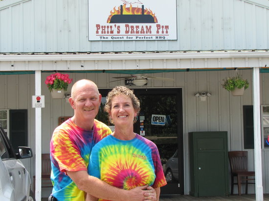 Phil's Dream Pit: Phil and Dianna Pipkin
