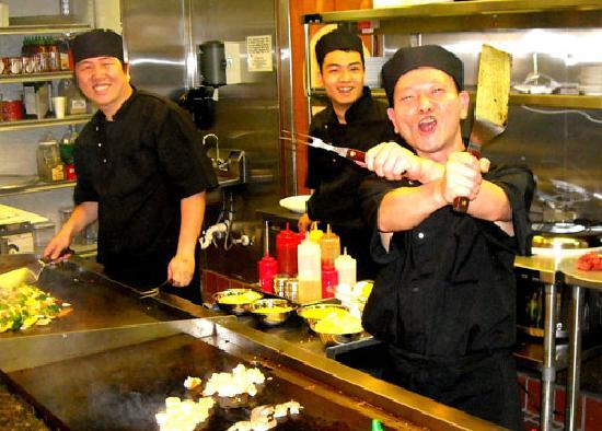 Fortune Asian: Umi Hibachi Grill Chefs