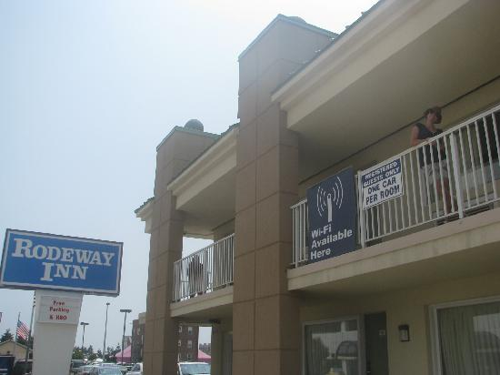 Rodeway Inn Boardwalk: The balcony