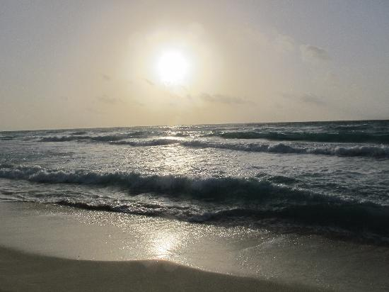 The Ritz-Carlton, Cancun: Sunrise