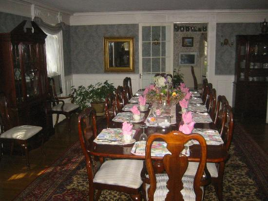 Inn at Stockbridge: The dining room