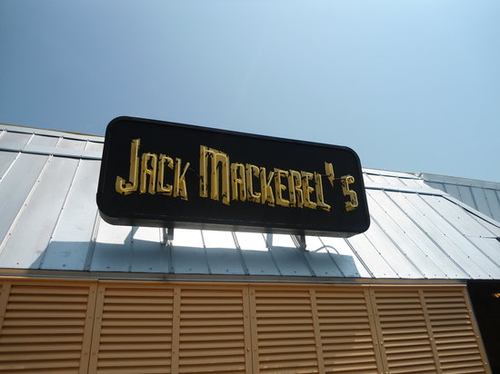 Jack Mackerel's Island Grill: Eat here more than once