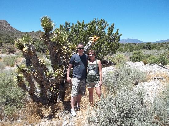 Las Vegas Rock Crawlers: Wife and I at beginning of trail