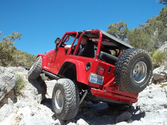 Las Vegas Rock Crawlers : Poser shot