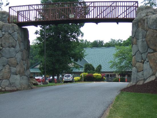 Shawnee on Delaware, เพนซิลเวเนีย: Entrance to  Shawnee Village