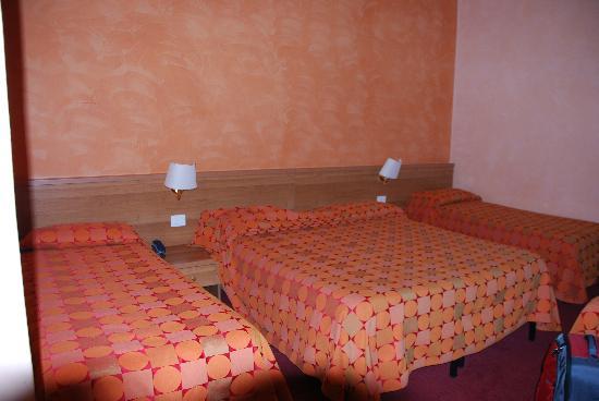 New Morpheus Rooms 사진
