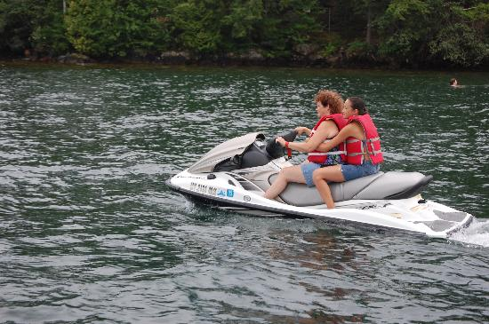 The Villas On Lake George: heading out on the jet-ski
