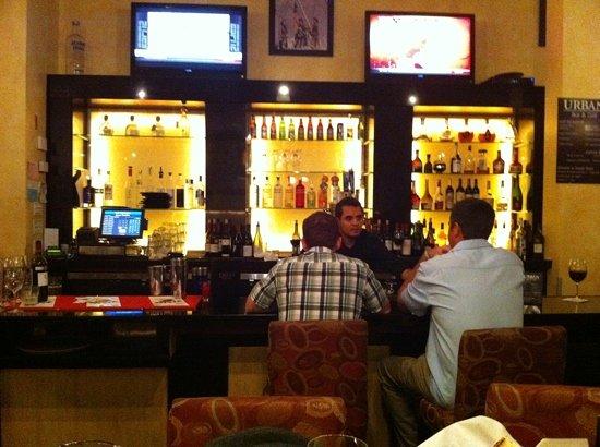 Urban Bar & Grill: urban bar and grill
