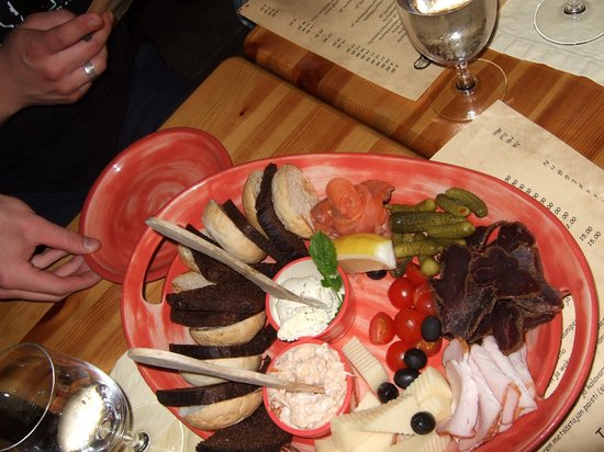 Grillhaus Daube: Cheese,meat and fish
