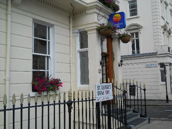 Comfort Inn Buckingham Palace Road: L'HOTEL ALL'ESTERNO