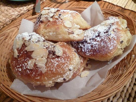 Wisteria Guest House: Chocolate Croissants