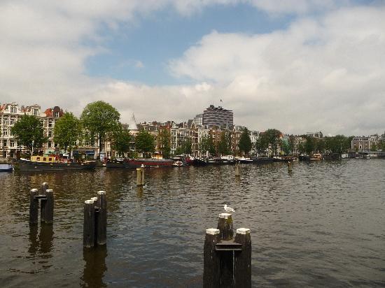 Hotel Casa: Amstel canal