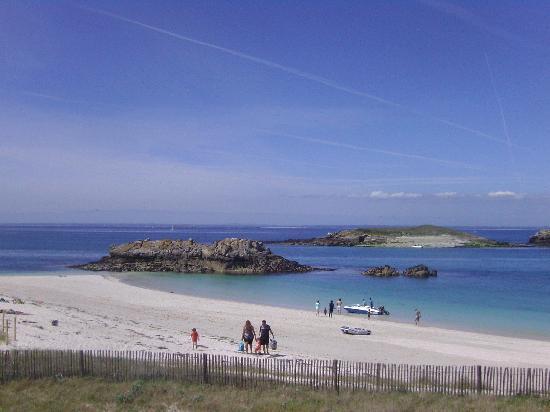 Glenan Islands : Weißer Sandstrand und azurblaues Meer