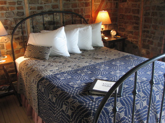 Blacksmith Inn On the Shore: Room 2