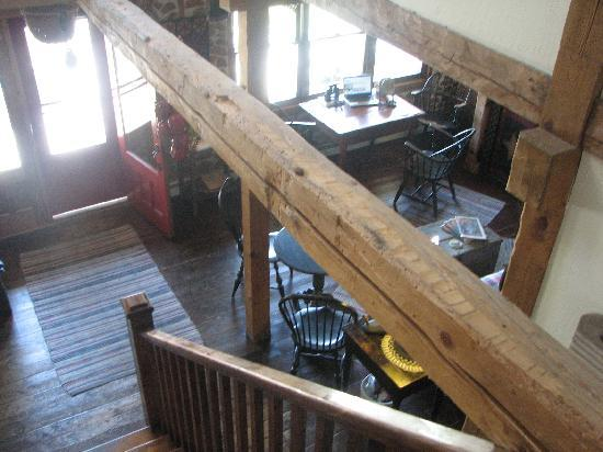 Blacksmith Inn On the Shore: View going down into the hall from upstairs