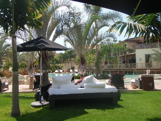 Gran Hotel Bahia del Duque Resort: Private area for Villa guests