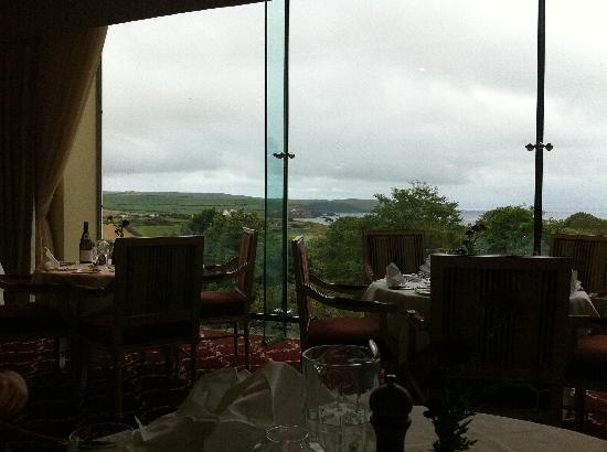 Thurlestone, UK: View from the dining room