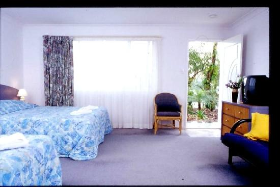 Flamingo Byron Bay: Spacious rooms at Dolphins