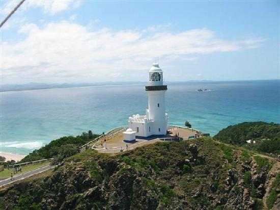 ‪دولفينز موتل: Byron Bay lighthouse to Julian Rocks‬