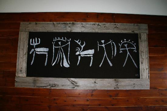 Hotel Arctic Eden: Sami art