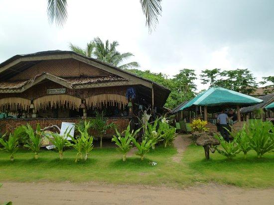 Green Verde Resort Inn: Outer view of restaurant