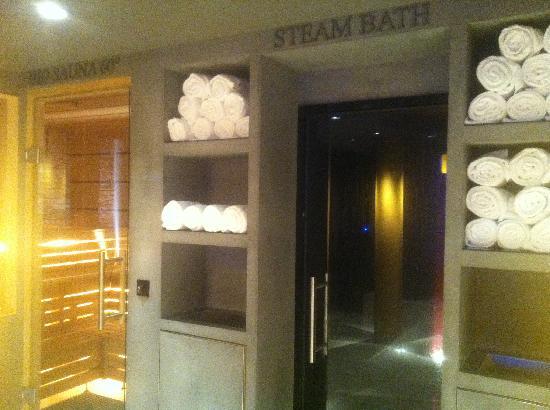 Steigenberger Grandhotel Handelshof: spa - saunas