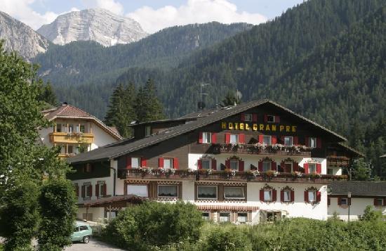 Hotel Gran Prè: Hotel estate