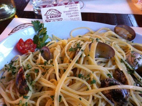 Il Guscio: spaghetti alle vongole