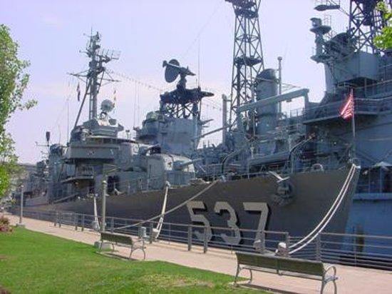Buffalo, NY: all ships