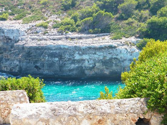 Blau Punta Reina Resort: calla romantica la plage accessible de l'hôtel