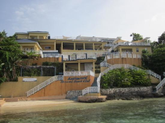 Moxons Beach Club: A lovely place to stay!