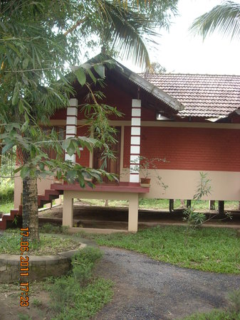 Wayanad Nature Resorts: Front view............
