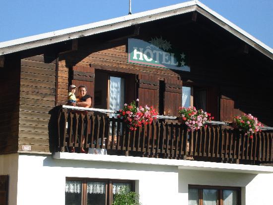 Hotel restaurant LES GRANITS : Réveil matin