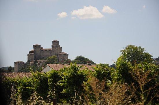 Torrechiara, Italie : La vista dalla valle
