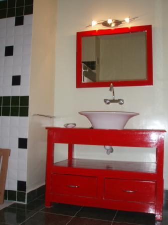 Dar Byeda: Salle de bains