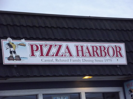 Pizza Harbor Sign