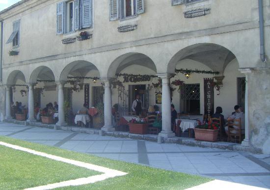Risorante Al Chiostro