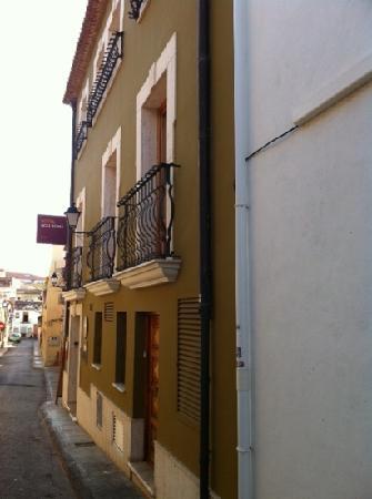 Hotel Nou Roma: entrance
