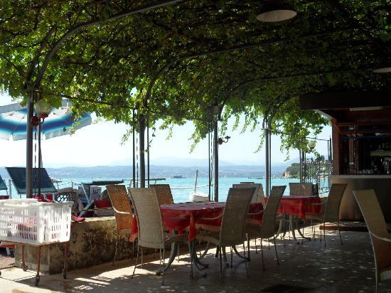 Hotel Catullo: bar&sun deck