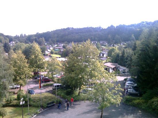 "Hotelpark ""Der Westerwald Treff"" : vue de la chambre"