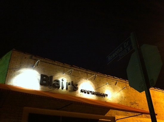 Photo of American Restaurant Blair's at 2903 Rowena Ave, Los Angeles, CA 90039, United States