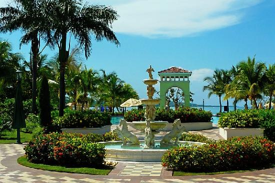Sandals South Coast : beautiful landscaping!