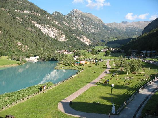 Brusson, İtalya: vista dalla stanza