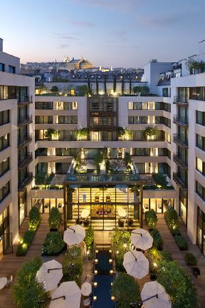 Mandarin Oriental, Paris : The Courtyard