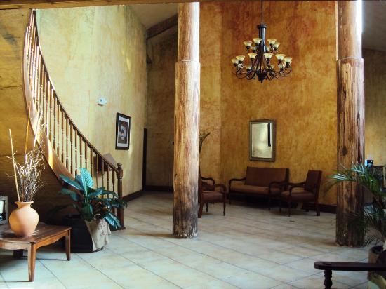 Hacienda El Jibarito: Salon principal