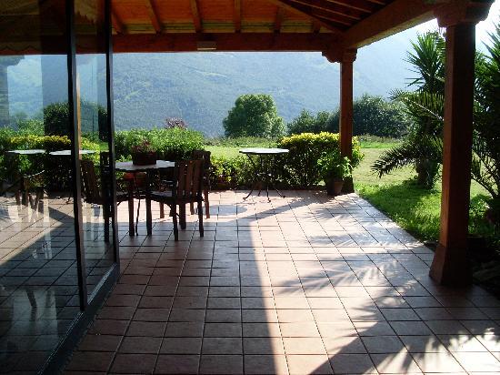 Aire de Ruesga: Terrasse
